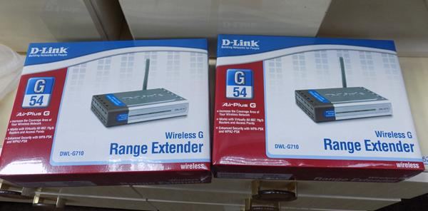 D-Link range extender x 2 - new in box