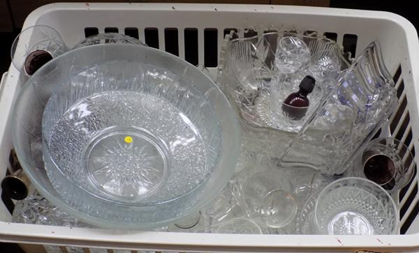 Box of glassware