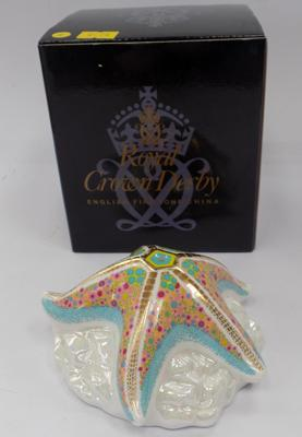 Royal Crown Derby starfish pop paperweight with gold stopper