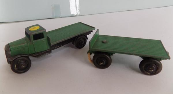 Dinky 1920's First Issue, Bedford flat + trailer