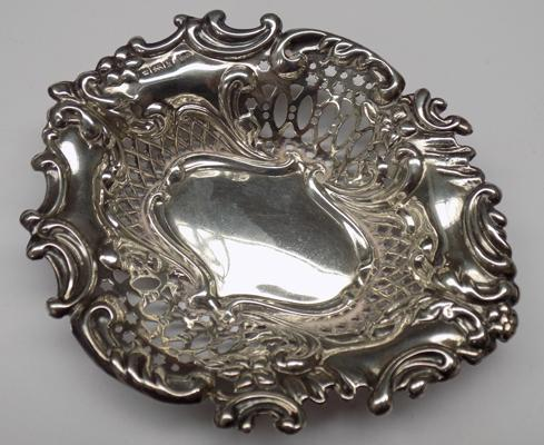 Antique silver dish - Sheffield 1902, Walker & Hall