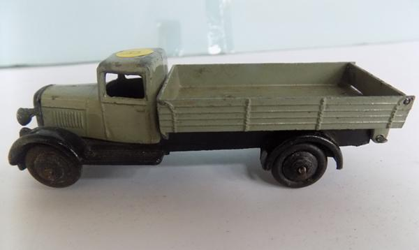 Dinky 1920's First Issue, 25M Bedford End tipper