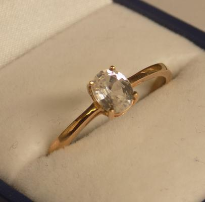9ct gold clear stone ring approx. size T 1/2