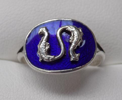 Vintage silver and enamel ring - approx. size O