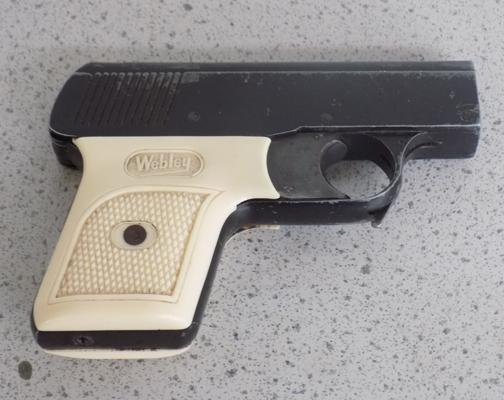 Webley sports starting pistol MK2 and clip