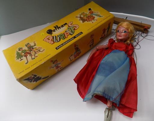 1930 Pelham puppet in original box, 'Marlborough Wilts'
