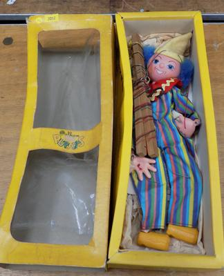Pelham puppet in original box