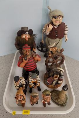 Tray of collectable sailors and pirates