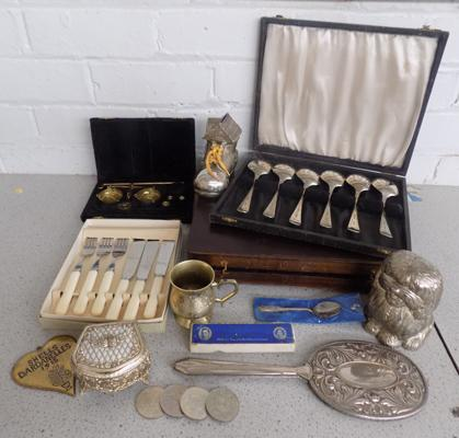 Mixed collection of items inc silver plate/scales/coins