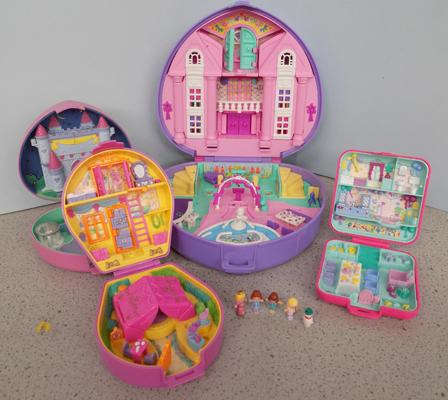 Job lot of Polly Pockets (incl. 5 figures)