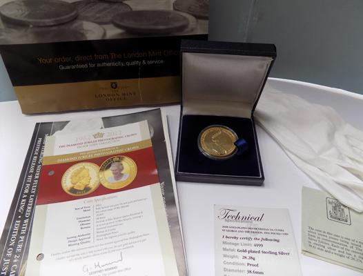 The London Mint, Gold plated Limited edition, £5 coin with certificates