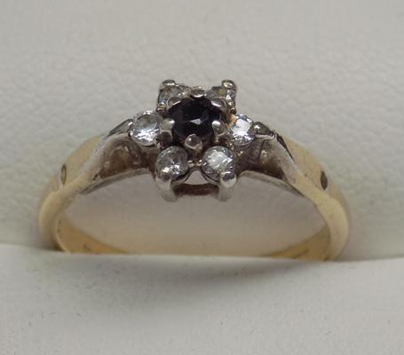 9ct gold sapphire cluster ring with silver mount, size N