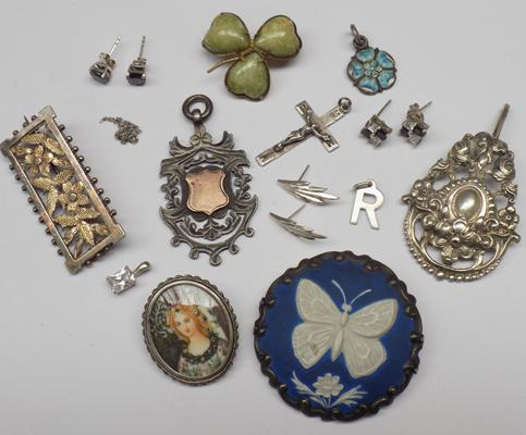 Selection of silver items, incl. vintage pendants