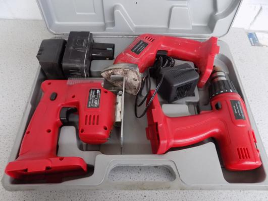 Three-in-one cordless drill/sander, saw set in working order
