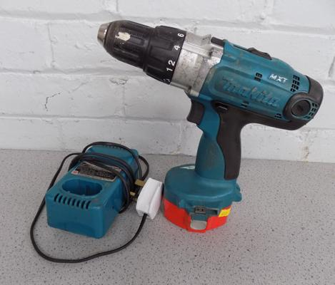 Makita cordless drill + charger in W/O