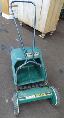 Hand mower + box