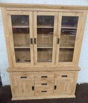Oak veneered dresser