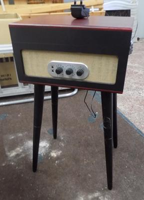 Retro record player - W/O