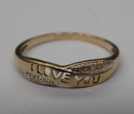 9ct gold & diamond 'I love you' ring, size M 1/2