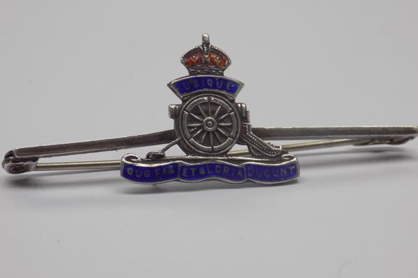 Vintage silver and enamel Royal Artillery brooch - hallmarked sterling on back - enamel in good condition