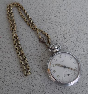 Vintage Smith's pocket watch & chain
