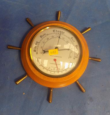 Barometer in shape of wheel