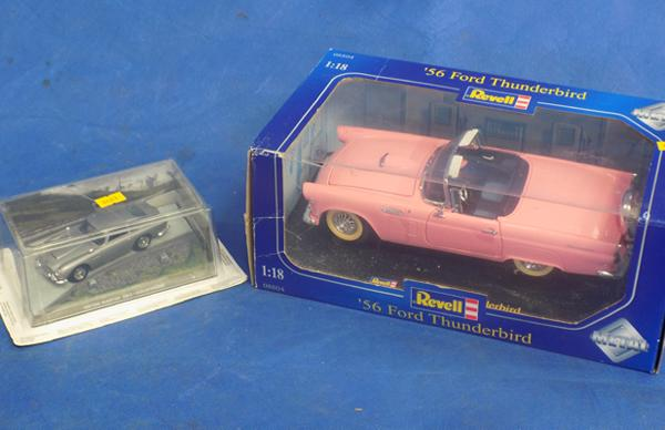 Thunderbird Diecast car and James Bond car