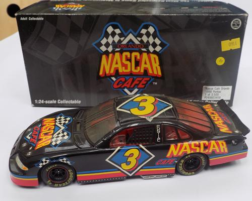1-26 scale precision Diecast, LTD edition nascar - 1998 Pontiac stock car