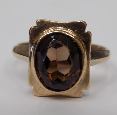 9ct gold vintage smokey quartz ring, size K 1/2