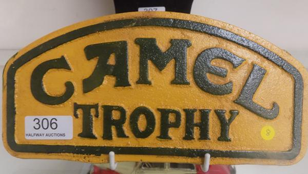 Cast iron camel trophy sign, 22cm