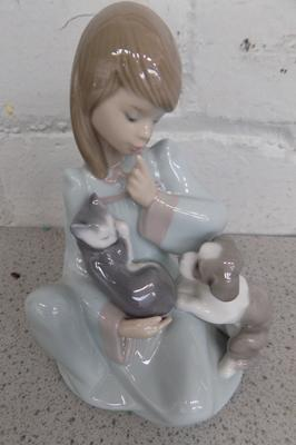 Lladro girl with puppy & cat