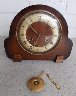 Andrew mantle clock, good condition with pendulum & key