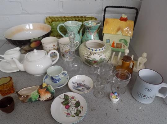 Large assortment of named pottery, incl. Aynsley, Hornsea, Shelley & Staffordshire