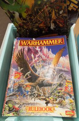 Box of Warhammer + white dwarf magazines