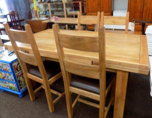 Solid Oak extending table & 4 chairs