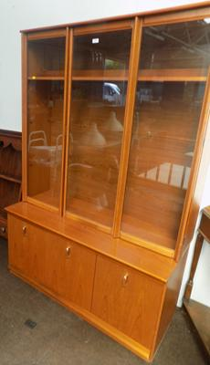 Small Avalon display cabinet