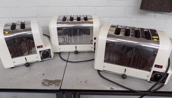 3x Dualit vintage toasters (2 with no plugs, 1 with plug) untested