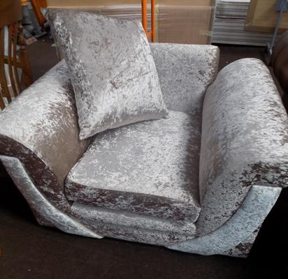 Zion collection brand new armchair, in crushed velvet