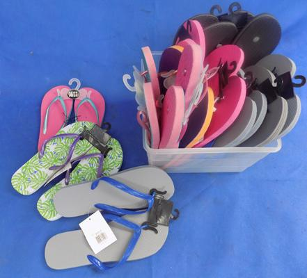 Box of 14 pairs of flip flops - new