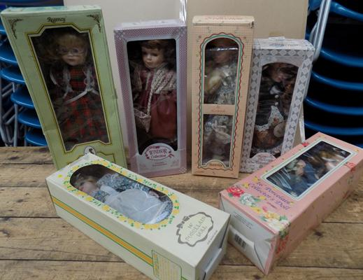 Selection of boxed collectable dolls
