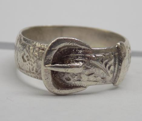 Antique silver belt buckle ring-full Sheffield hallmark approx size N1/2