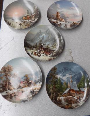 Selection of 5 Furstenberg collectable plates