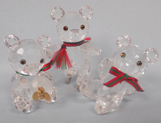 Swarovski crystal Bear with honey pot & bee, 1 ice skating + 1 other