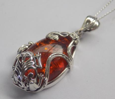 Silver & amber pendant on silver chain