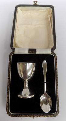 Boxed silver egg cup & spoon, 1949, Birmingham, maker D & F