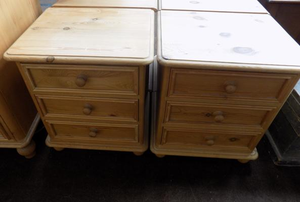 Pair of pine drawer bedside units
