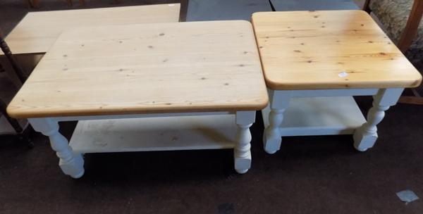 Pine coffee table + side table