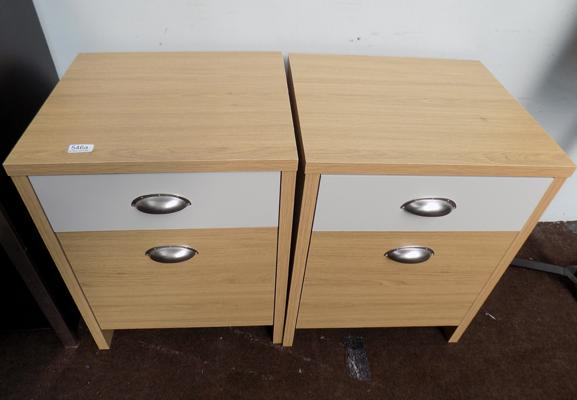 2x Bedside cabinets