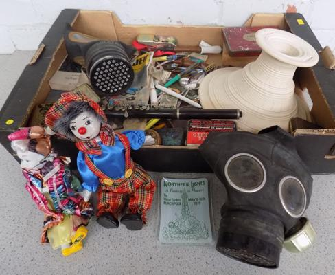 Box of collectables inc gas mask, pipes etc