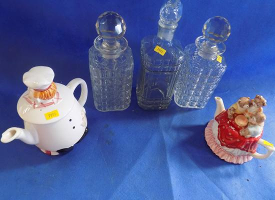 Set of 2 teapots & 3 glass decanters